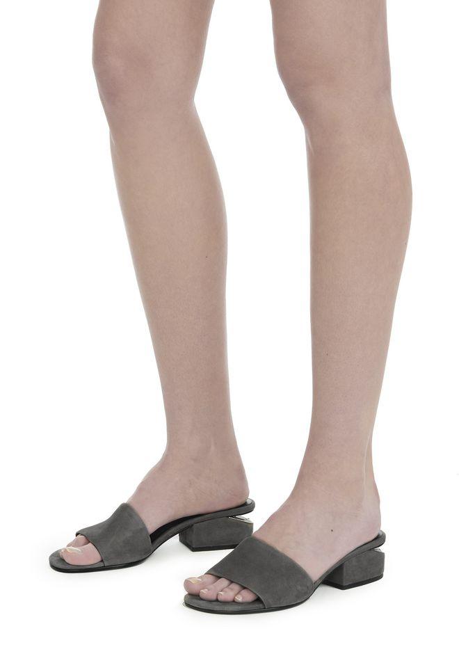 ALEXANDER WANG EXCLUSIVE LOU SUEDE SANDAL WITH RHODIUM 平底鞋 Adult 12_n_r