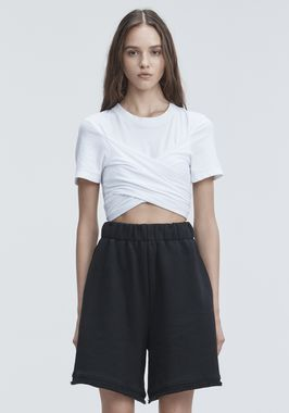 HIGH TWIST CROPPED TEE