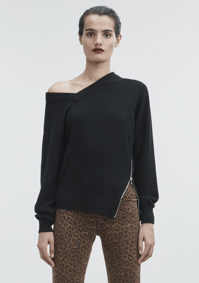 ALEXANDER WANG TORQUED V-NECK PULLOVER  TOP Adult 12_n_e