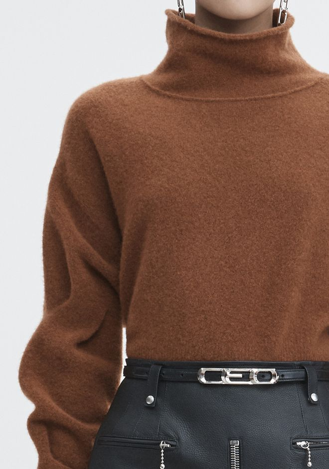 T by ALEXANDER WANG CHUNKY WOOL CROPPED TURTLENECK  TOP Adult 12_n_a