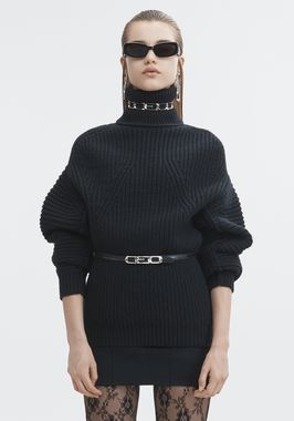 MOLDED TURTLENECK PULLOVER