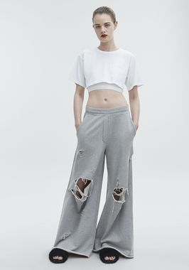 DISTRESSED SWEATPANTS