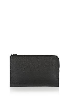 LARGE FLAT POUCH IN PEBBLED BLACK WITH MATTE BLACK