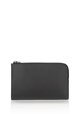 LARGE FLAT POUCH IN PEBBLED BLACK
